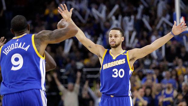 NBA: Warriors 110, Spurs 98