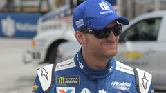 Concussions play heavily in Dale Jr.'s decision to retire