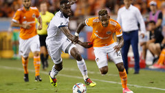 Dynamo edge Whitecaps to continue hot play at home