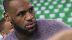 LeBron: 'Chasing ghosts' not about passing MJ