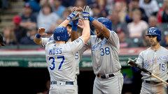 MLB: Royals 6, Indians 4