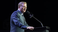What is  the motive for Goodell mending relationship with players?