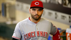 Votto awarded Tip O'Neill Award for sixth time