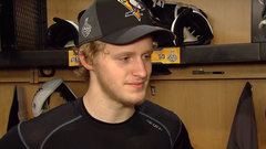 Guentzel trying to soak in Cup Final experience