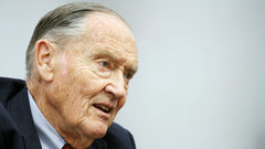ETF Report: Vanguard's Jack Bogle says indexing may cause 'chaos'