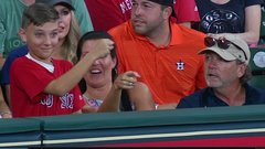 Must See: Astros fan gets ejected after young fan tattles