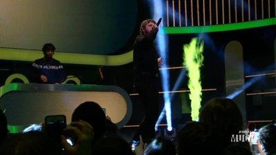 Post Malone Performs 'White Iverson/Congratulations'