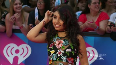Alessia Cara is hot in this Fashion replay