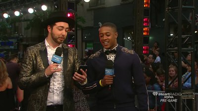 Marlon and Dan check out Twitter as the main show countdown continues