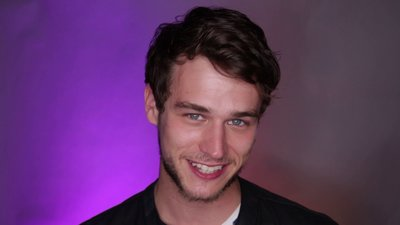 Much Confessional: Brandon Flynn Calls Dad On Speakerphone During MMVAs