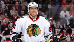 Hossa to miss 2017-18 season with skin disorder
