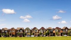 Pattie Lovett-Reid: How to know when to buy, sell or rent