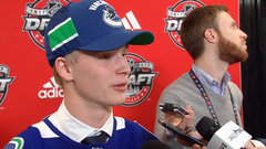 Pettersson focused on bulking up before starting career with Canucks