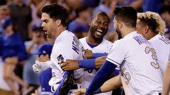 MLB: Blue Jays 4, Royals 5