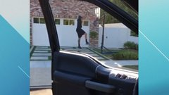 Must See: Davis gets in on 'drive-by dunk challenge'