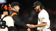 MLB: Padres 5, Giants 2