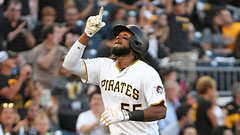 MLB: Pirates 13, Rockies 5
