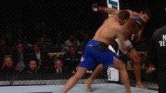Former Alabama LB KO's opponent in UFC debut