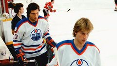Gretzky, former Oilers celebrate Semenko