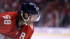Button: Jagr could boost Canadiens or Flames