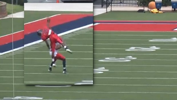 Must See: Liberty defender makes OBJ-style catch
