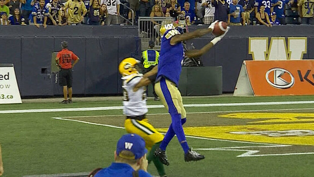 Nichols throws a long bomb to extend Bombers' lead