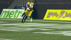 Reilly airs it out to pull Esks within a score