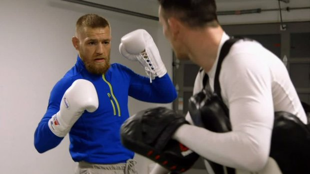 How eight ounce gloves will affect Mayweather-McGregor