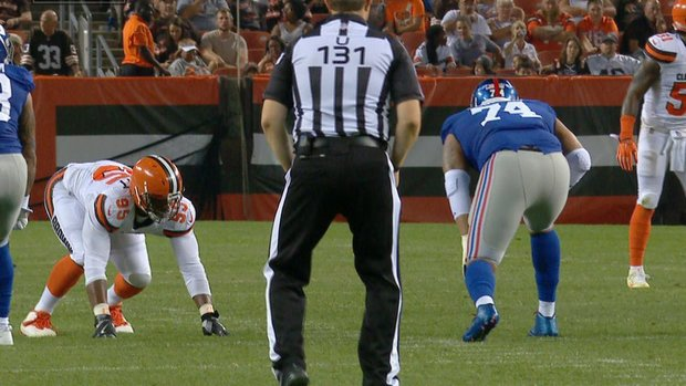 Garrett collects first sack for Browns