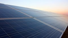 Solar skeptic adjusts near-term solar stock forecasts