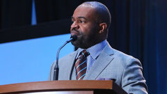 Smith unanimously re-elected as executive director of NFLPA