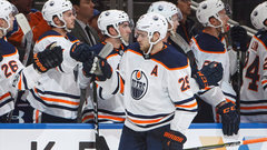 NHL: Canucks 3, Oilers 5