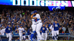 MLB: Giants 2, Dodgers 4