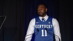Wall gets emotional during Kentucky HOF speech