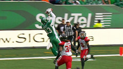 Bailey holds on to claw 'Riders back within a score