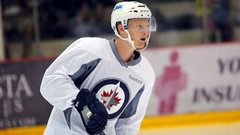 Jets Ice Chips: Opportunity knocks for Connor and Petan