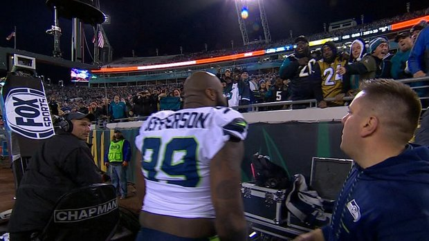 Must See: Jefferson gets in altercation with Jacksonville fans
