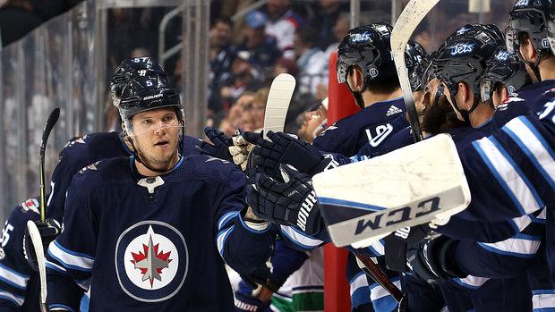 NHL: Canucks 1, Jets 5