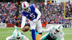 NFL: Dolphins 16, Bills 24
