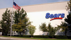 Lampert did a lot more to kill Sears than Bezos: Industry consultant