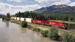 CP Rail CEO sees crude boom amid pipeline pinch