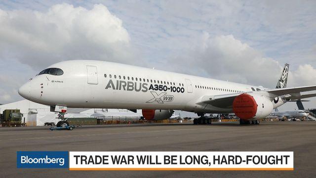 pretty nice 29e11 6c530 Epic Airbus-Boeing Fight Signals Long U.S.-China Trade Spat Ahead - Video -  BNN