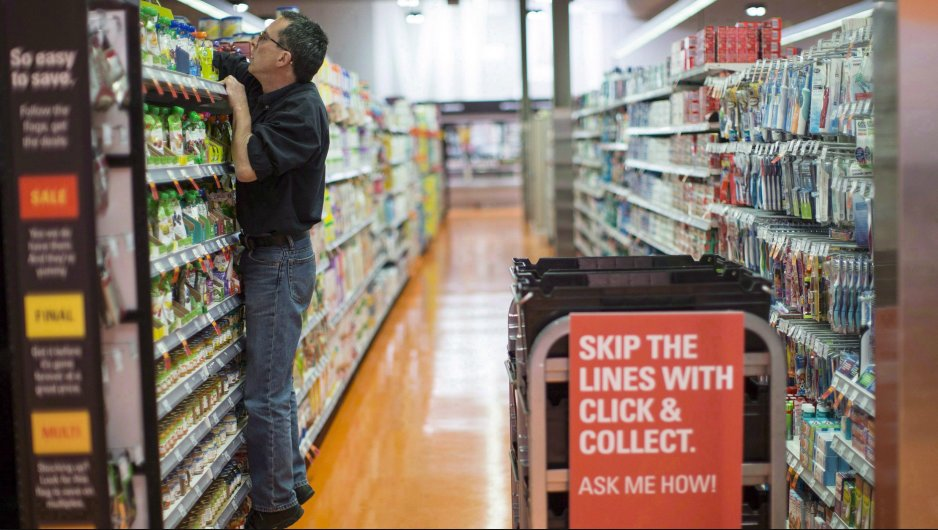 How fast do you shop? Canadians average 32 minutes at