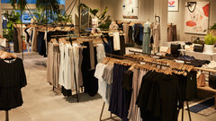 Aritzia's understanding of the consumer differentiates it in changing retail landscape: Retail expert