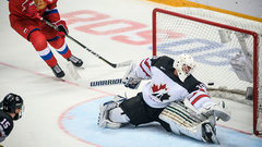 Button's initial impressions of Team Canada