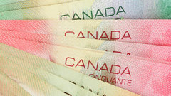 One in three Canadians can't cover bills amid 'debt trap': Survey