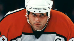 Leafs, Flyers share favourite stories about 'Teddy Bear' Lindros