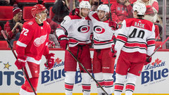 NHL: Hurricanes 3, Red Wings 1