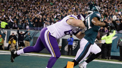 Must See: Robinson's pick-6 ties things up for Eagles