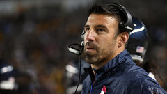 Titans giving Vrabel five-year deal